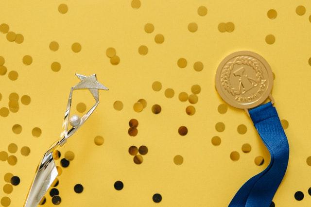 Orły Stomatologii 2020: Coco Glam laureatem